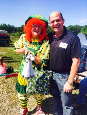 tom with clown